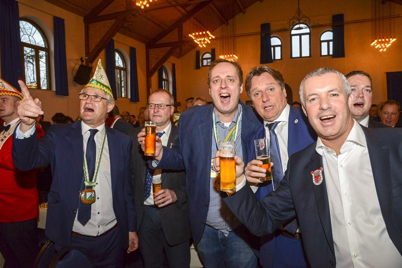Herrensitzung 1. Große KG Sieglar. Fotos: Carsten Seim
